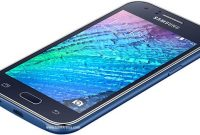 Smartphone Samsung Galaxy J1