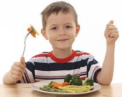 Tips Mengatur dan Menyiapkan Makanan Sehat untuk si Kecil