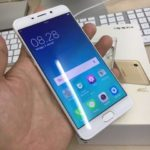 Oppo F1 Plus, Phablet Ram 4GB Berlayar Full HD