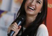 Model Rambut Panjang Indonesia seperti Artis