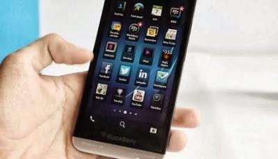 Harga dan Spesifikasi Blackberry Z30